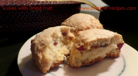 Scones with Dried Fruits
