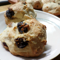 Ricotta and Raisin Cookies
